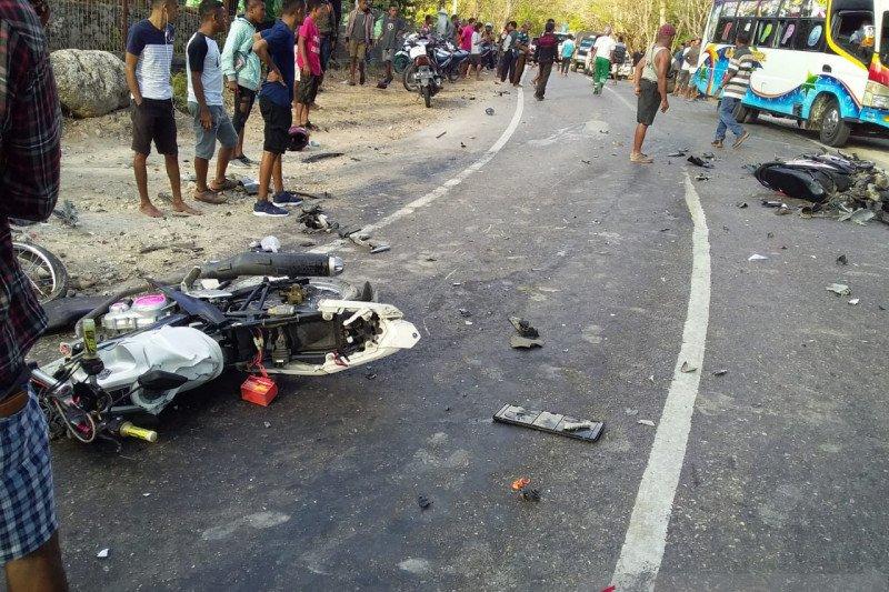 Kecelakaan beruntun di Timor Raya, tiga tewas di tempat