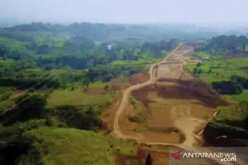 Pemkab berharap Tol Bocimi bisa beroperasi hingga Sukabumi pada 2020