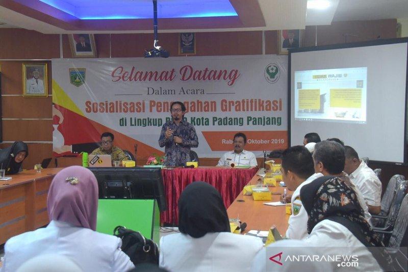 Hindari korupsi, pegawai RSUD Padang Panjang dikenalkan manajemen gratifikasi