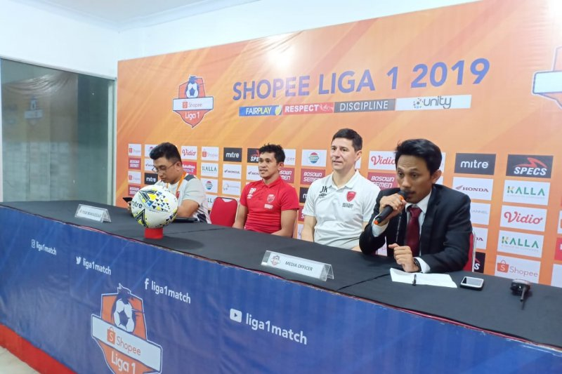 PSM kalahkan Arema 6-2 di Stadion Gelora Andi Mattalatta Makassar