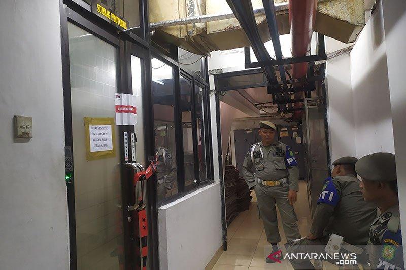 KPK segel sejumlah ruang kerja kantor wali kota