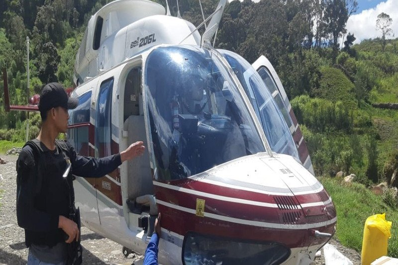 Helikopter PT Intan Angkasa Air ditembak di Papua
