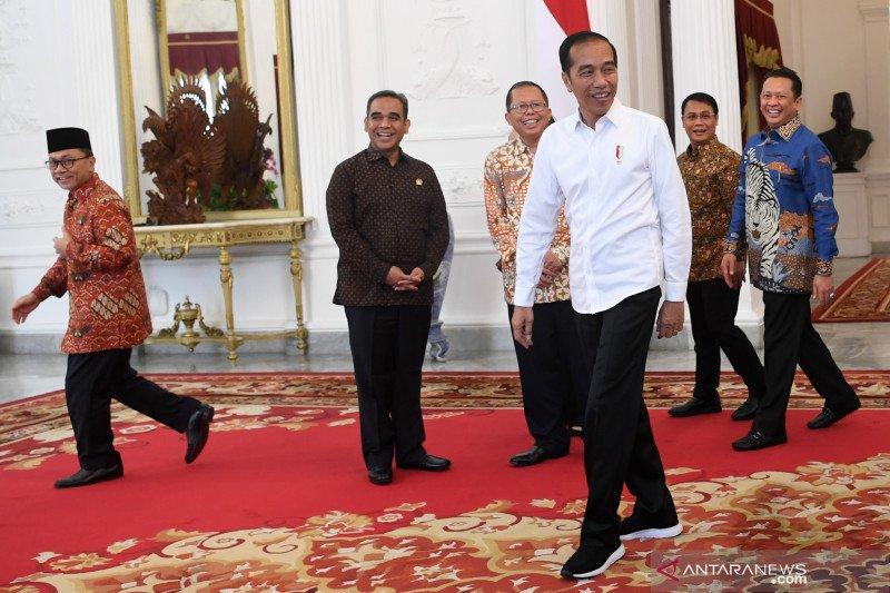 Peneliti: berharap menteri ekonomi kabinet baru diisi profesional