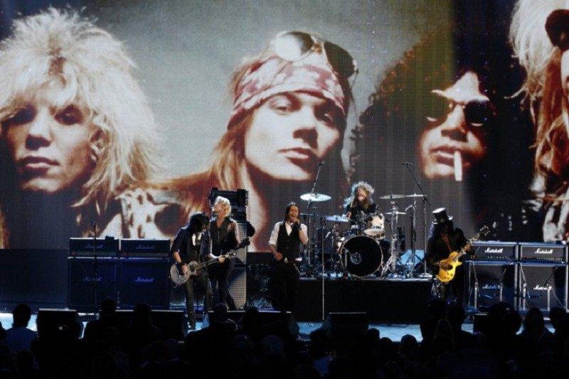 "Lagu ""Sweet Child O' Mine"" dari Guns N Roses tembus 1 Miliar penonton di YouTube"