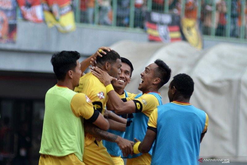 Semen Padang putus kontrak pemain asal Papua Vendry Mofu