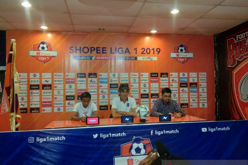 Teco minta pemain Bali United bertanding mati-matian