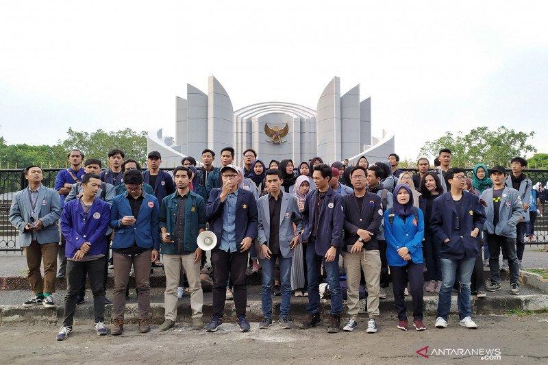 BEM SI Jabar kembali desak Jokowi keluarkan Perppu KPK