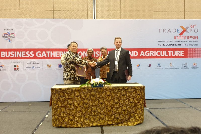Trade Expo records US$3.16 billion buying at day four