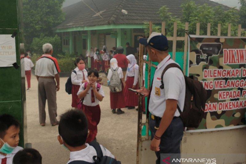 Asap pekat, sekolah di Palembang perpanjang libur