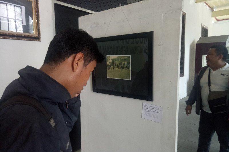 Dua museum  pamerkan foto-foto langka sejarah palembang