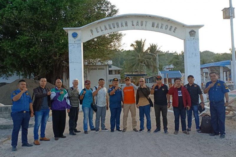 Tim Intelijen Kejagung tinjau wilayah perbatasan Pulau Marore.