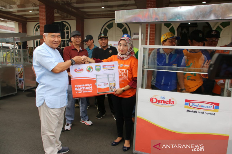 Indomaret Cabang Palembang  bantu UMKM di Baturaja pasarkan produk