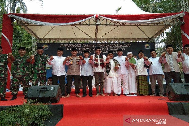 Masyarakat Kendari deklarasi damai mendukung pelantikan presiden