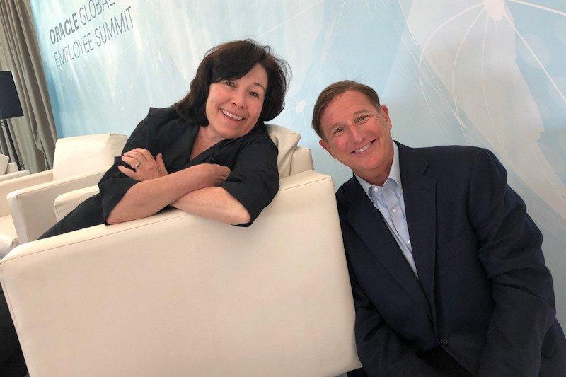 CEO Oracle dan eks Kepala Hewlett Packard Mark Hurd meninggal dunia
