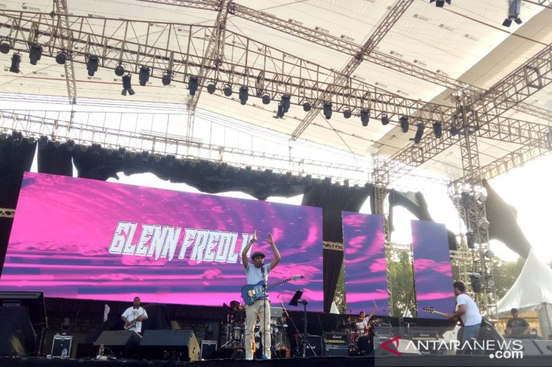 Glenn Fredly nantikan realisasi pembangunan SDM pemerintahan Jokowi