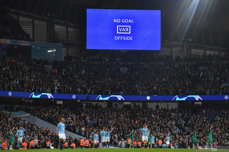 Drama VAR  di Liga Inggris