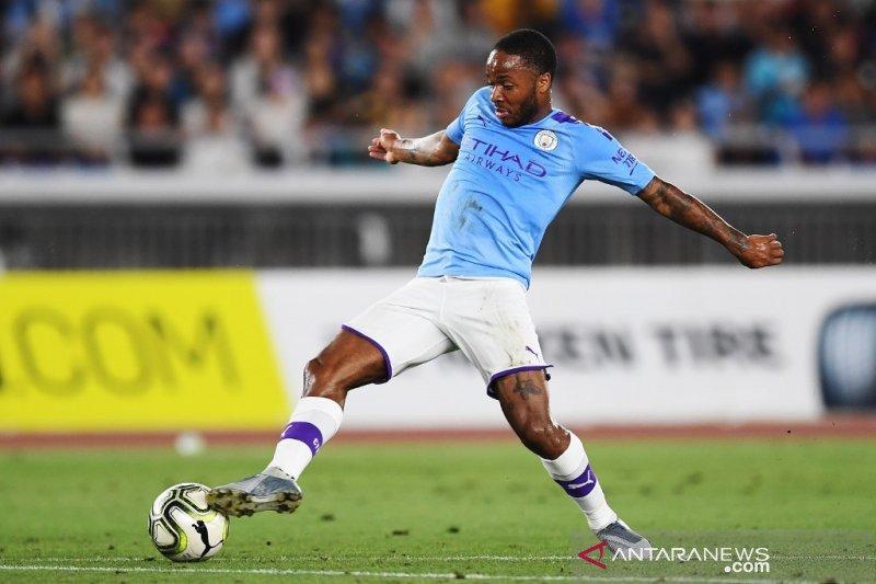 City bentengi Sterling dari rayuan Madrid dengan kontak baru