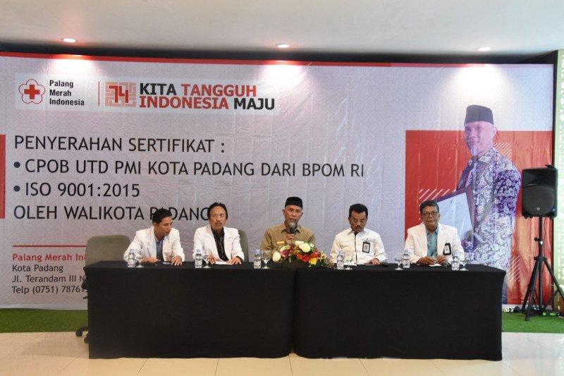 Di Padang, berdonor darah dapat hadiah umrah