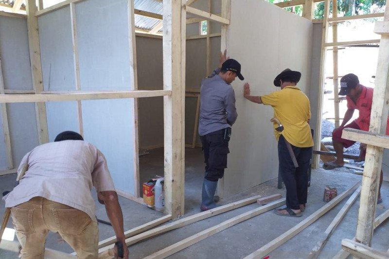 Baznas Sinjai sinergi TNI-Polri bedah rumah warga lumpuh
