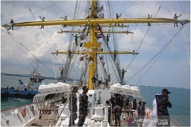 KRI Bima Suci-945 lakukan lawatan ke Pulau Dewata