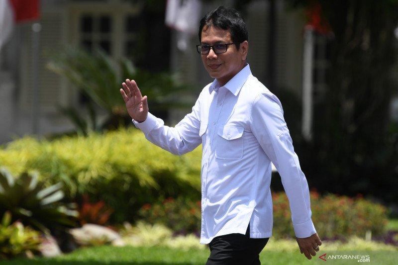 Wishnutama  dan Erick Thohir tiba di istana kepresidenan