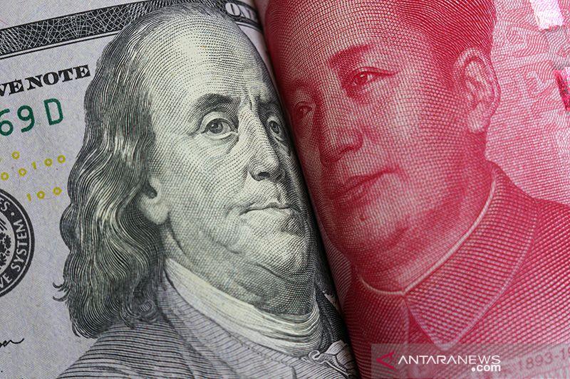 Dolar sentuh tertinggi tiga pekan