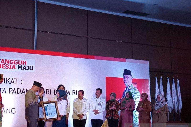 PMI Kota Padang peroleh sertifikat CPOB dan ISO dari BPOM
