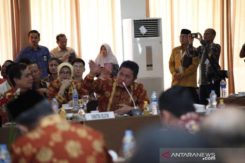 Gubernur Sumsel: Pemimpin harus pintar membagi waktu