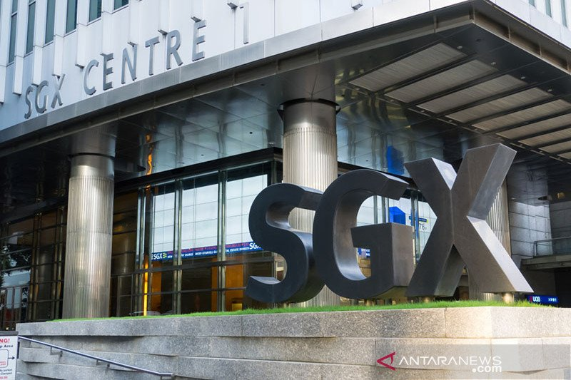 Saham Singapura berakhir naik 0,44 persen