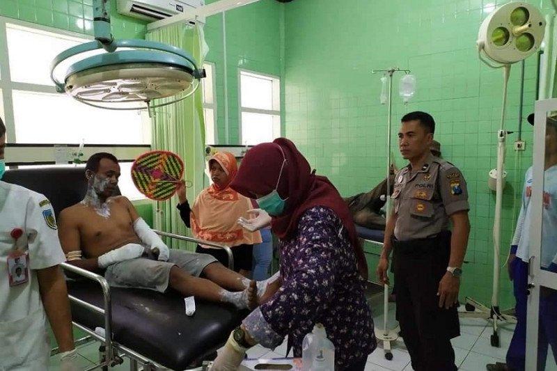 Balon udara meletus, lima warga Kediri alami luka bakar