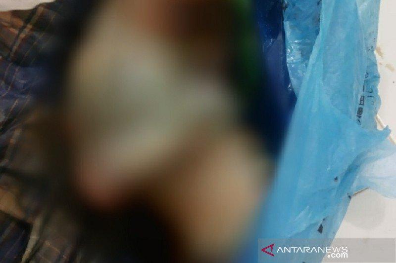 Warga di Medan menemukan mayat bayi dalam karung goni
