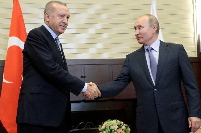 Rusia dan Turki sepakat lanjutkan kerja sama militer