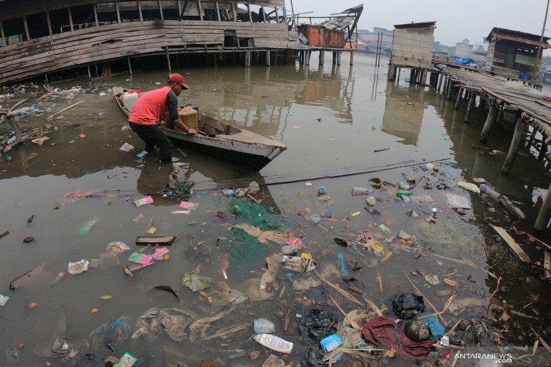 Edhy Prabowo mengaku diminta tangani sampah plastik Labuan Bajo