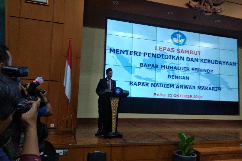 Usai dilantik, Nadiem Makarim langsung keliling kantor Kemendikbud