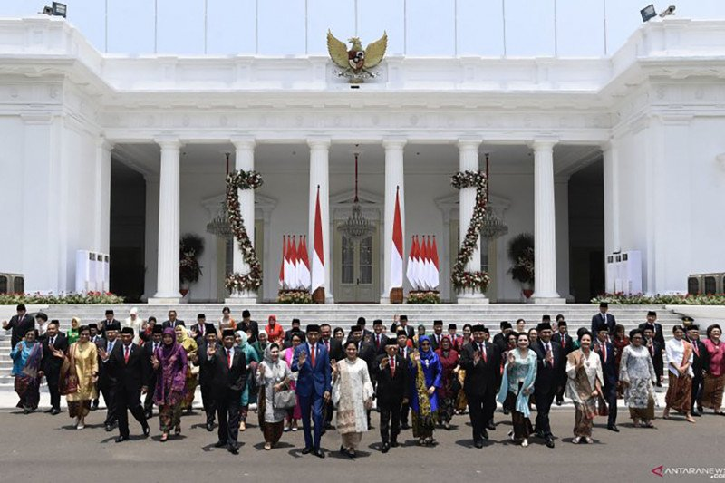 Pengamat: Menteri pilihan Jokowi sebagai kabinet ahli