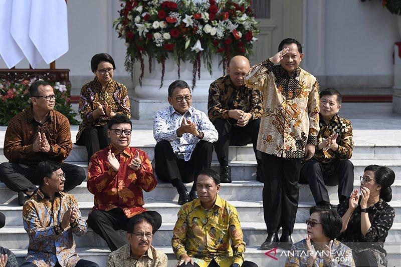 Peneliti Jokowi menangkap makna pengumuman Kabinet Indonesia Maju