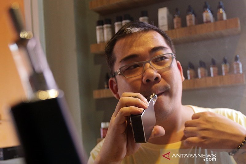 Ahli toksikologi sebut rokok elektrik rendah risiko