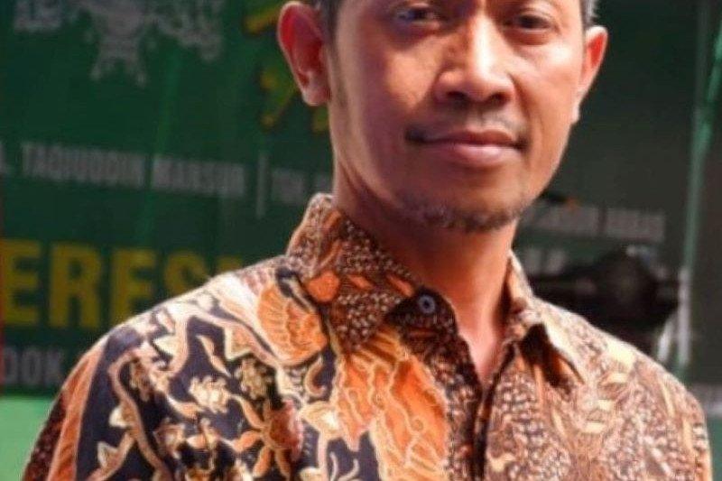Jangan ikut latah: menpora dan gubernur Itu bijak Oleh Suaeb Qury (Ketua LTN-NU NTB)