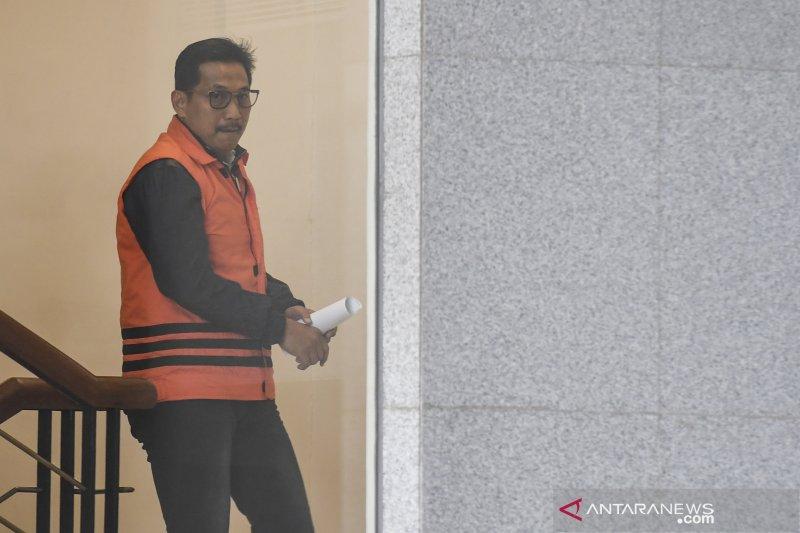 Seorang politikus Partai Golkar dituntut tujuh tahun penjara