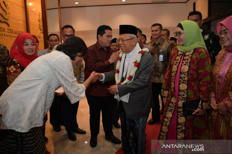 """Wapres Ma'ruf Amin sampaikan satire """"garis tangan"""" jabatan menteri"""