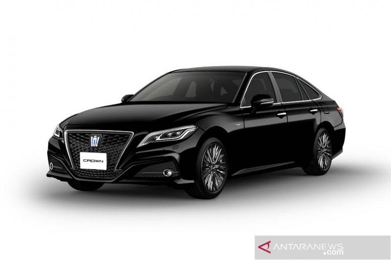 Mobil dinas menteri kabinet baru Jokowi, Toyota Crown HV Hybird