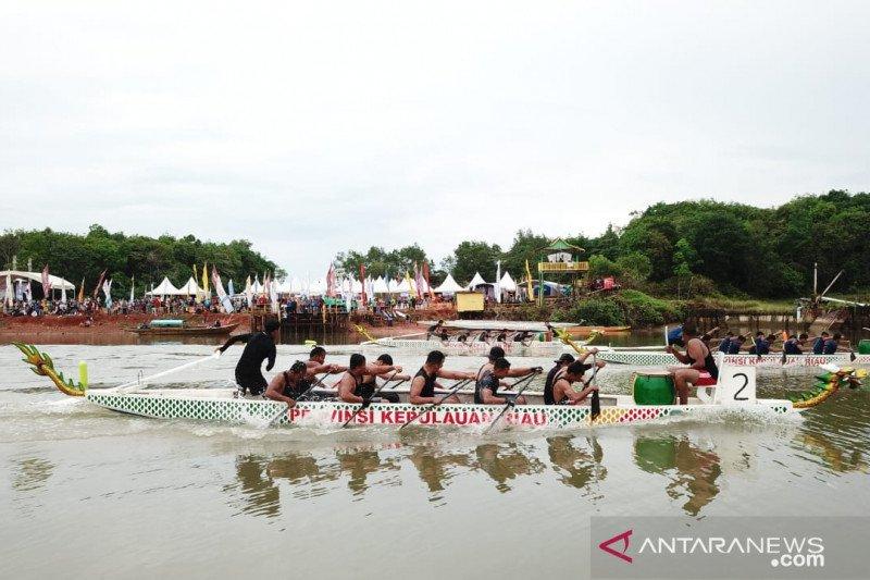 Lomba Perahu Naga Tanjungpinang diikuti tim Malaysia