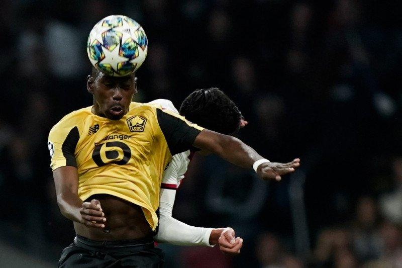 Manchester United bidik duo Prancis Soumare dan Dembele