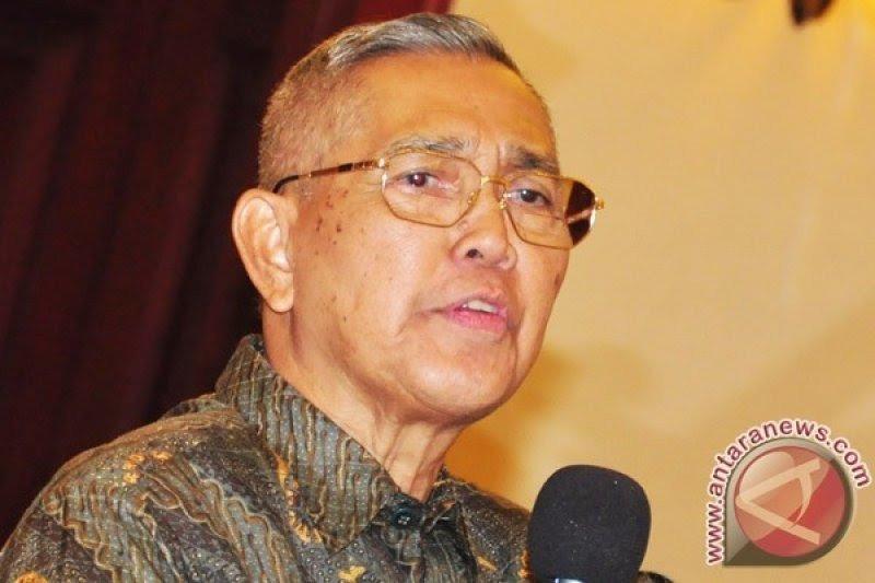 Try Sutrisno nilai jabatan menteri pertahanan patut untuk Prabowo