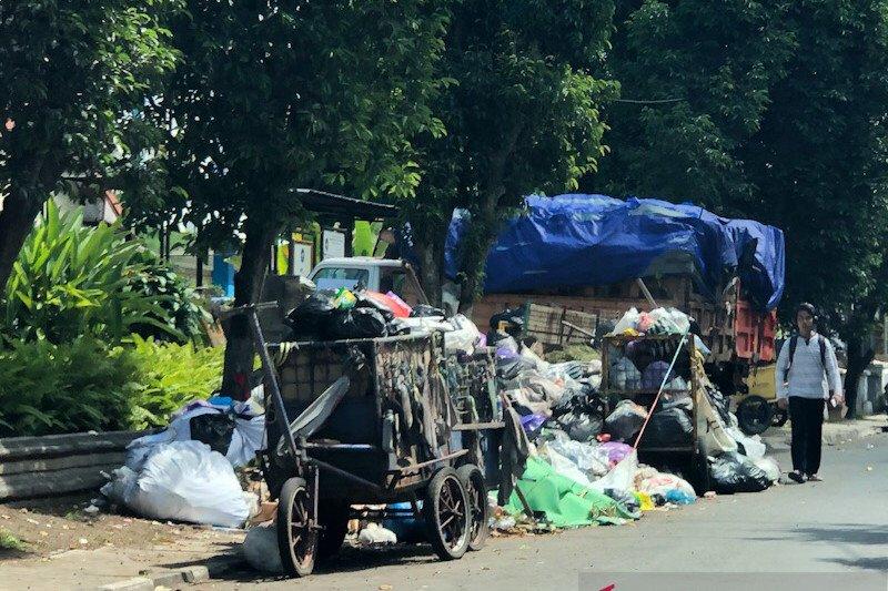 Yogyakarta mengjukan pengurangan sampah 27 persen saat penilaian Adipura