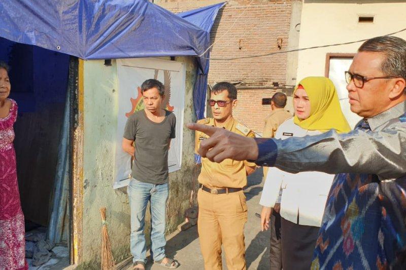 Gubernur Sulsel bantu pembangunan rumah warga  korban kebakaran