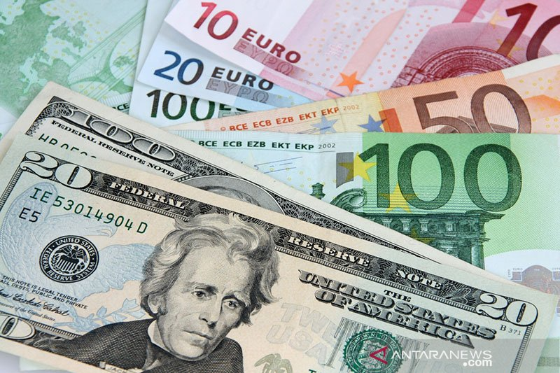 Euro melonjak ditopang proposal Prancis-Jerman untuk dana Uni Eropa