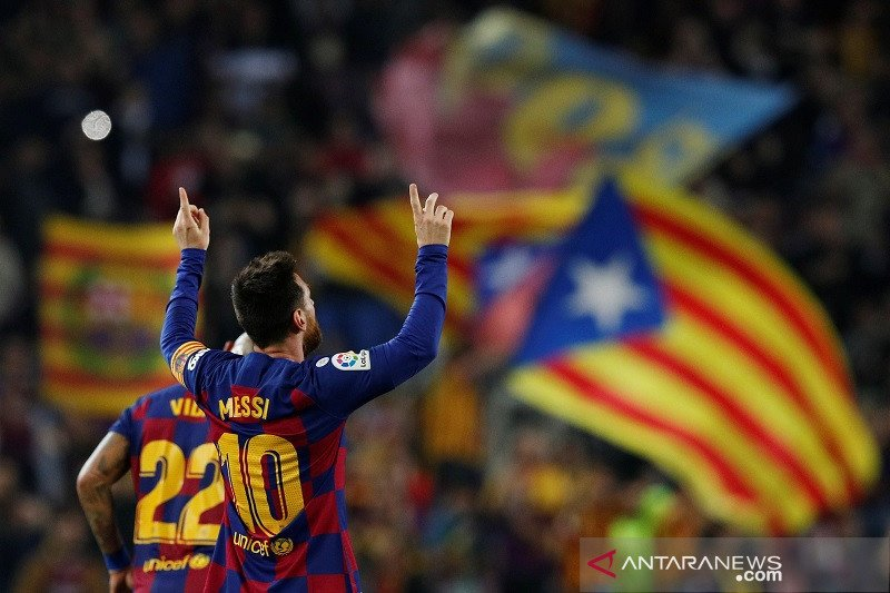 Lionel Messi gemilang, Barcelona menang