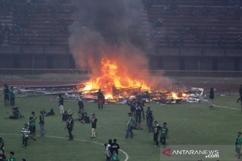 Perbaikan kerusakan Stadion GBT tanggung jawab Persebaya