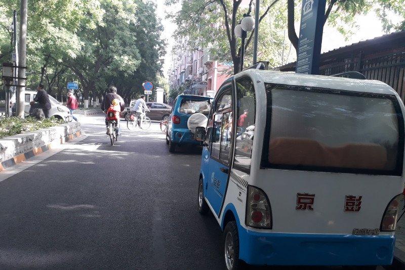 Beijing rencana ganti 20.000 taksi lama dengan mobil listrik